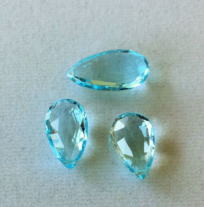 3 pcs azul claro Topacio - 15.42 ct