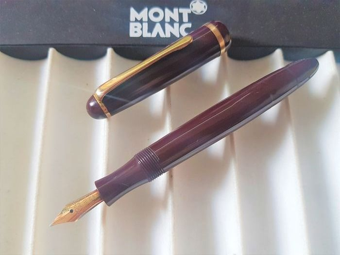 Montblanc - 342G - Fountain pen - 14k solid gold M nib - Rare red version - 1950's