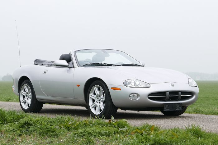 Jaguar - XK8 Convertible - 2004