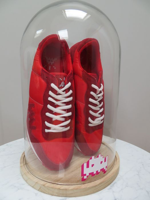 """Invader  - Red Sneakers """"01 Point"""""""