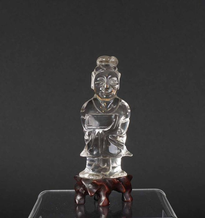 Antique Chinese rock crystal scholar with book in hand (1) - Rock cystal - China - Mid 20th century
