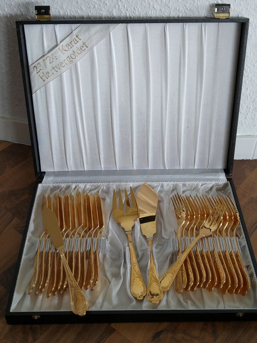 SOLINGEN - 26-piece luxury fish cutlery / 12 people - Stainless steel 23/24 carat gold plated - unused - marked - in original box