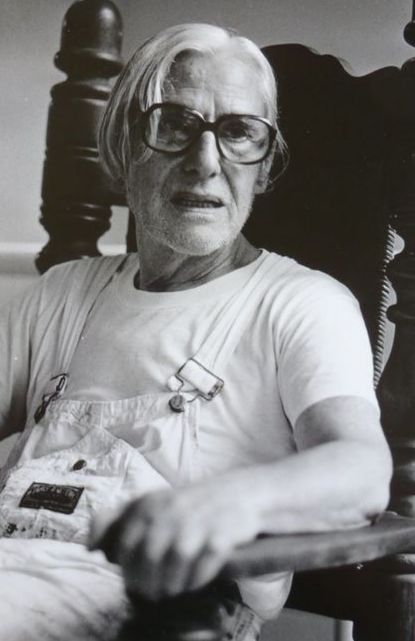 Nico Koster (1940-)  - Willem de Kooning in his studio, ca 1979