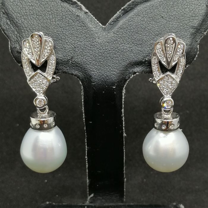 Gold - Earrings pearls of the southern seas - Diamonds