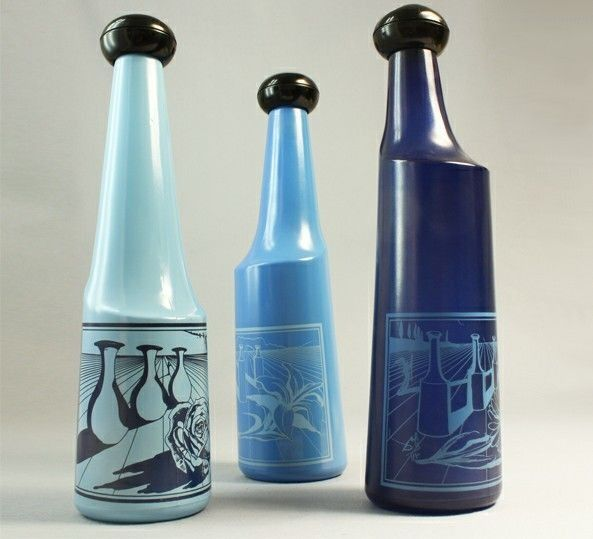 depicting a design by Salvador Dalí - Rosso Antico - Silk-screened bottles (3)