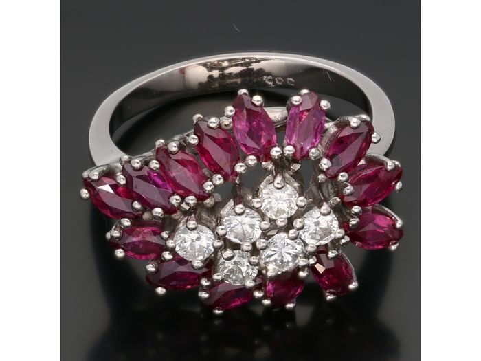 14 kt. White gold - Ring - 0.50 ct Diamond - Ruby