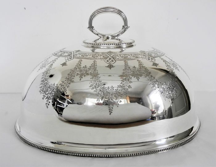 Large silver-plated Victorian cloche - Silver plated - about 1870