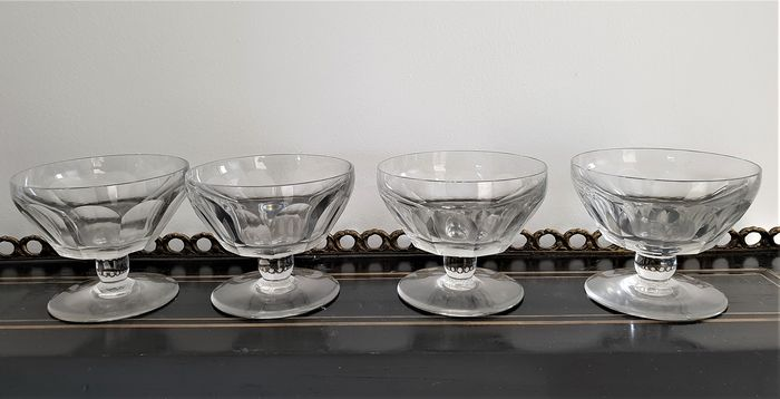 Baccarat - 6 coupes a champagne 'Talleyrand' - Cristal