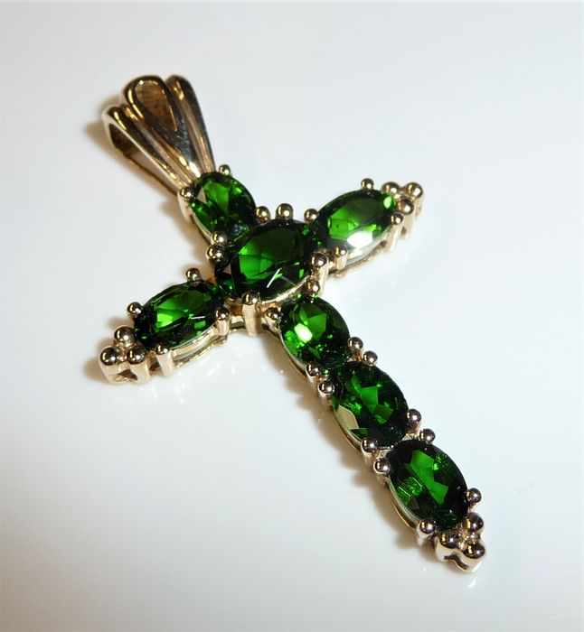 9 ct. / 375 Gold Or - Pendentif diopside