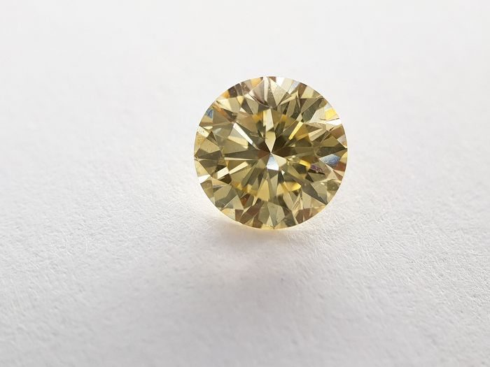 1 pcs Diamond - 0.55 ct - Round - fancy intens greenish yellow - VS1