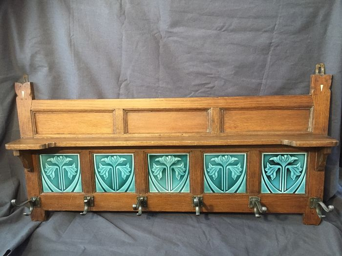 Art Nouveau Coat rack (1)