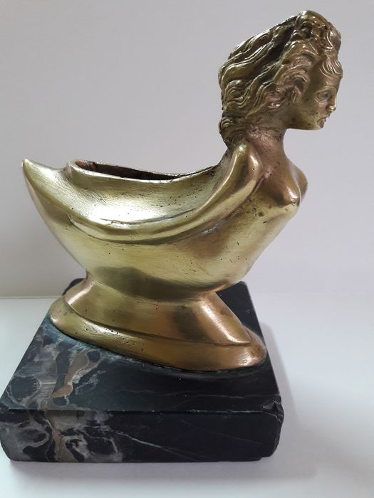 Vintage brass boat in the shape of a Folena