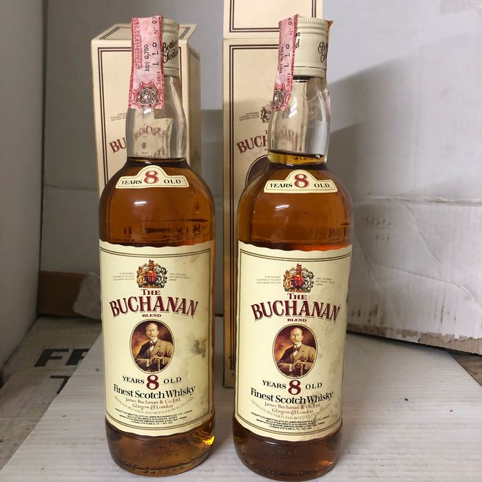 Buchanan Finest Scotch - b. 1980s - 75cl - 2 bottles