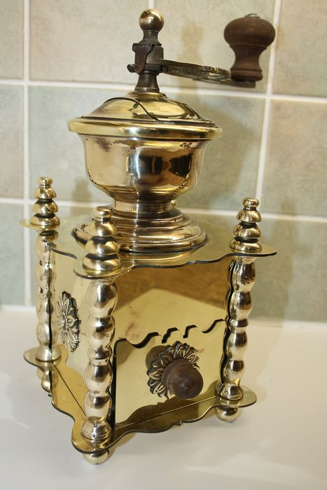 beautiful copper coffee grinder (1) - Copper