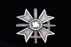 "德国 - War Merit Cross(Kriegsverdienstkreuz)头等舱,标记为""62""Kerbach&Oesterhelt Dresden - 1939"