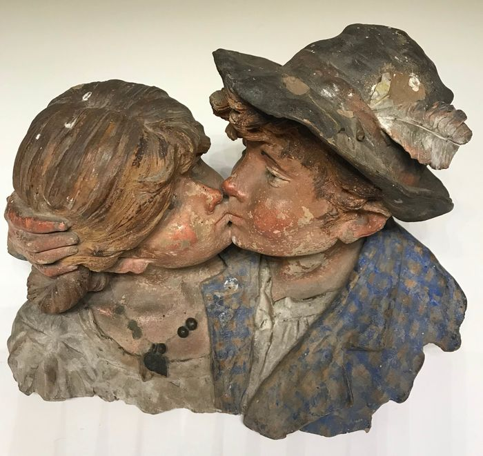 Sculpture, statue of young lovers (1) - clay - Early 20th century
