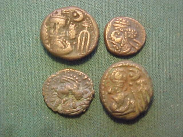 Elymais - Lot of 4 AE Drachms, circa 1st-2nd century AD. - Brons
