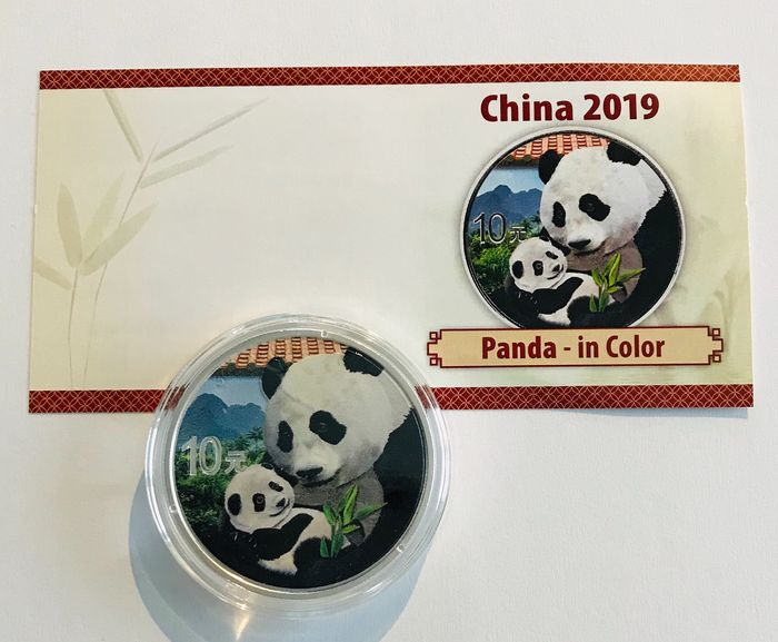 China - 10 Yuan 2019 - Panda Color - 30 Gramm - Silver