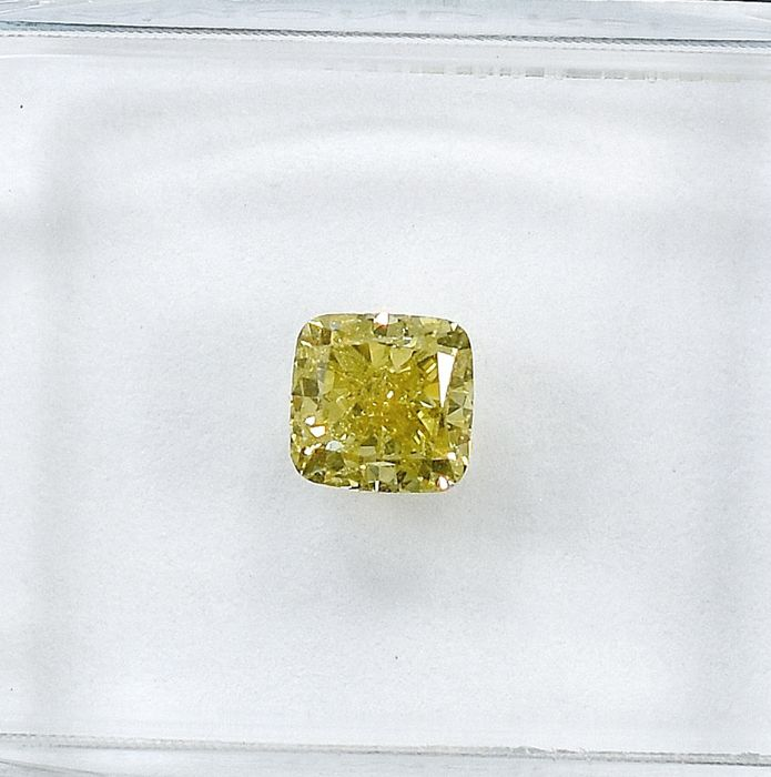 Diamante - 0.54 ct - Cuscino, Quadrato - Natural Fancy Light Greenish Yellow - SI1
