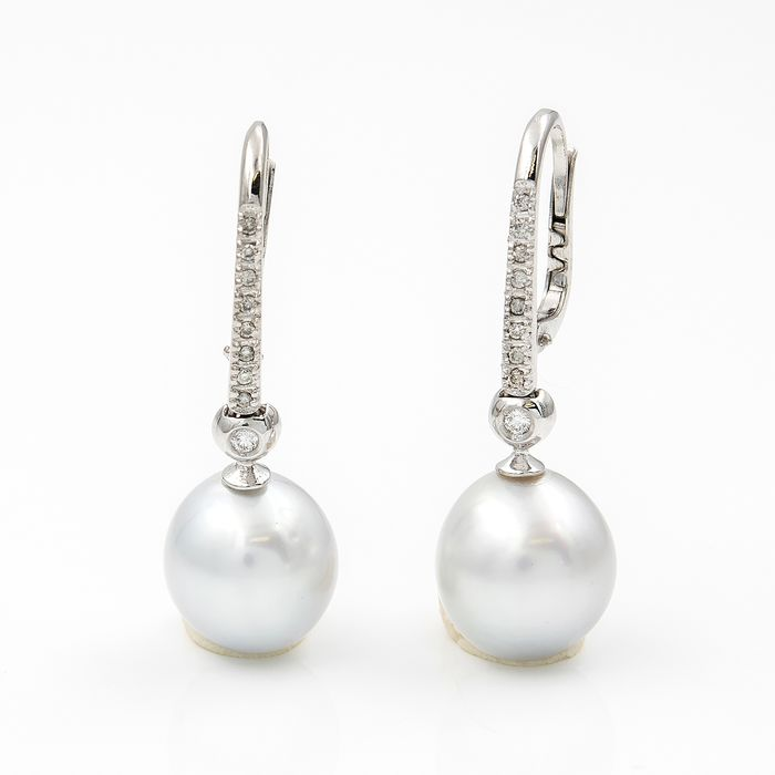 18 kt. Gold, South sea pearl, White gold - Earrings - 0.20 ct Diamond