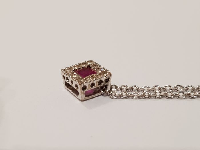 18 kt. White gold - Necklace with pendant Ruby - Diamonds