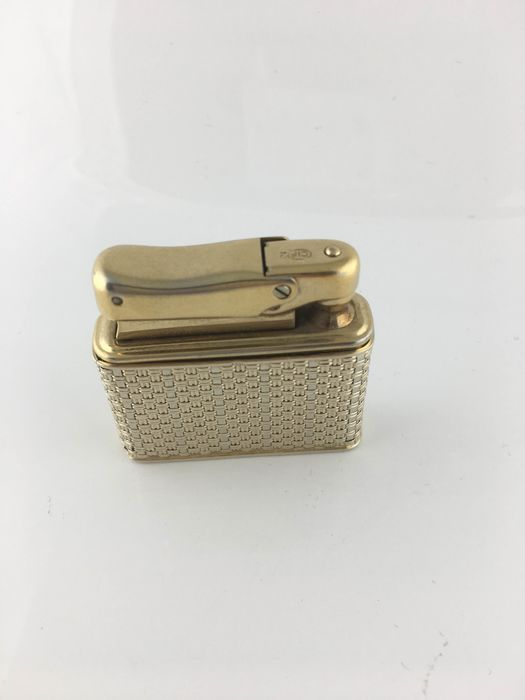 lighter - .750 (18 kt) gold - Italy - 50s