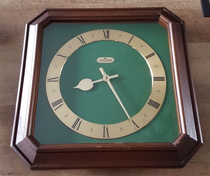 Clock - Junghans - Wood, Mahogany - Unknown