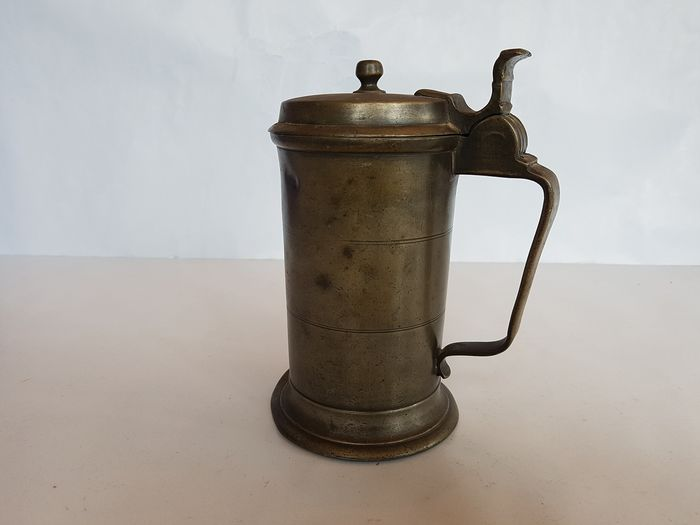 Antique pewter cup with lid (1) - Pewter/Tin - 19th century