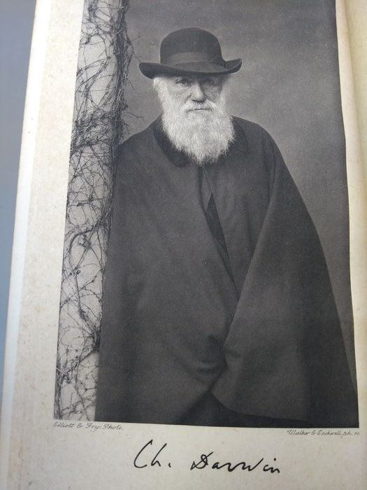 Charles Darwin (Francis Darwin (ed.) - Charles Darwin: His life told in an autobiographical chapter and in a selected series of his publish - 1908