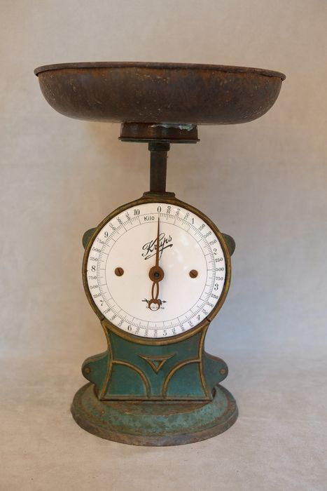 Krups - Art deco scales - cast iron