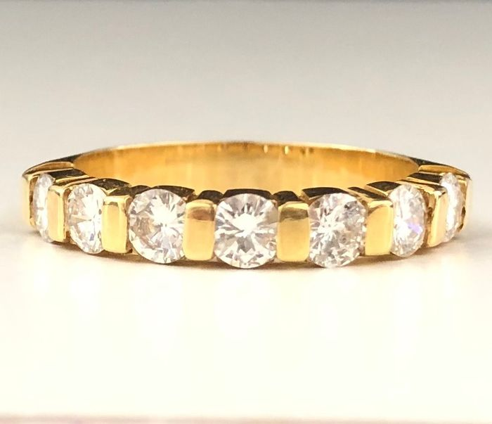 18 quilates Oro amarillo - Anillo - 0.98 ct Diamante