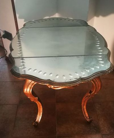 Coffee table, Coffee table / living room mirror, created in 1800 was restored by a cabinetmaker in the 50s