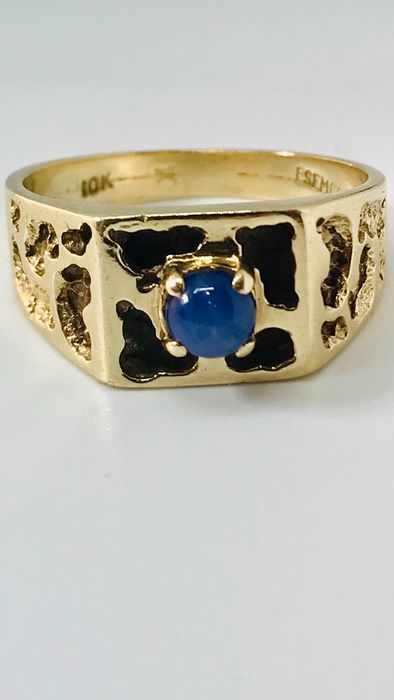 Gold - Gold men's ring with star sapphire by the brand Esemco. No Reserve Price