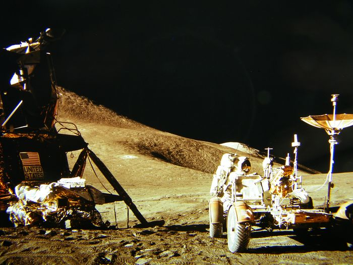 Five photos and a color slide from the Apollo-15 flight in August 197 - Kodak film and paper