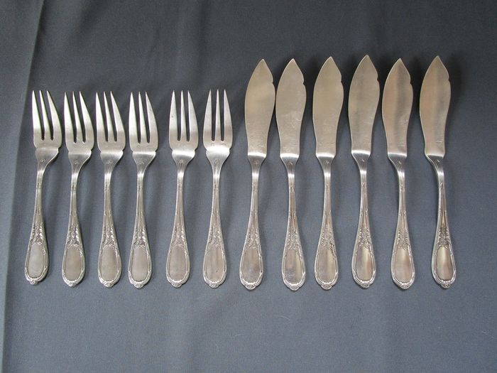 Jugendstil Fischbesteck - Firma : ERCUIS - Frankreich um 1920 - marked with maker and hallmark - silver plated - 6 people - 12 parts - very good condition