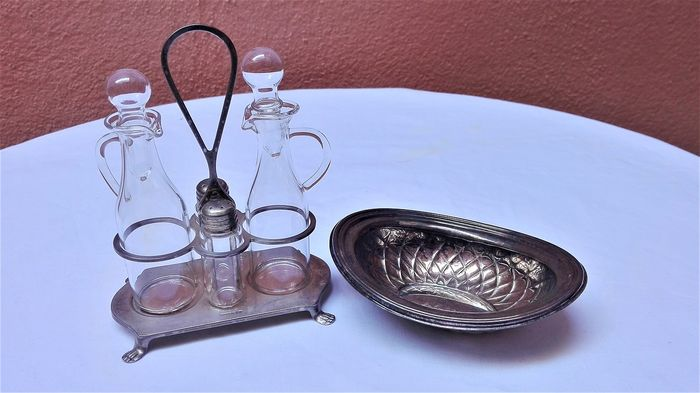 Menage minion - Vintage cheese board - .800 silver - Italy - First half 20th century