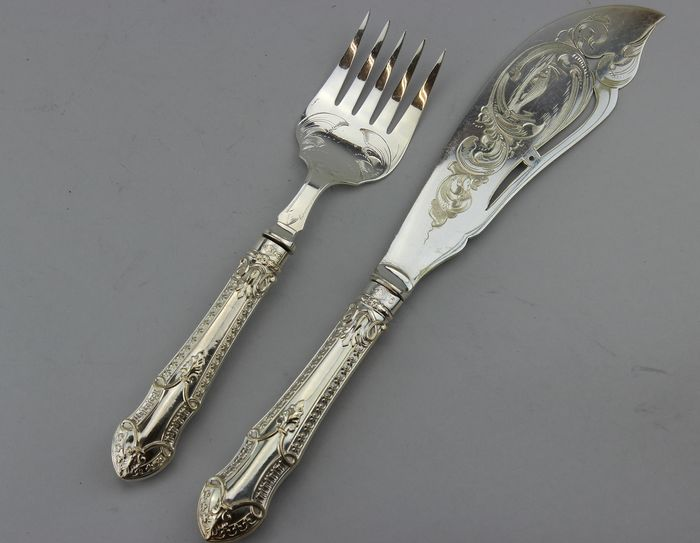 Fish Serving Set  (2) - Victorian - Silver plated - Circa 1890