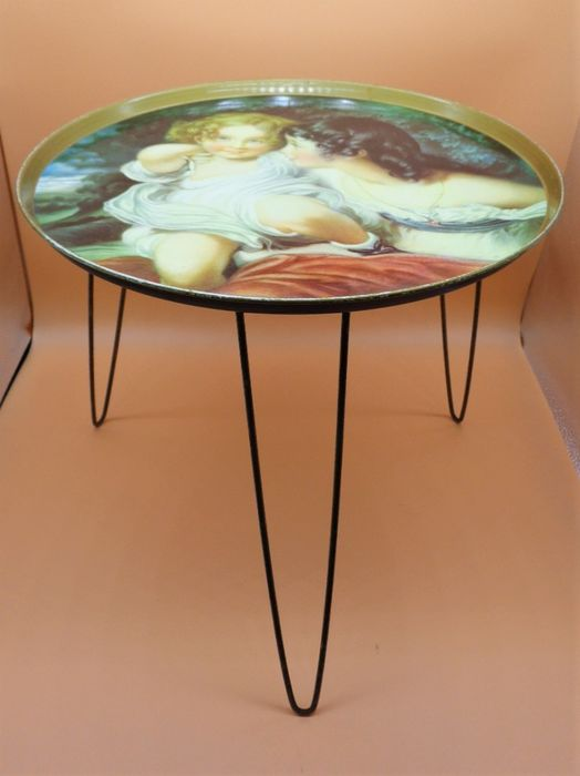 Worcester Ware - Round Center Table