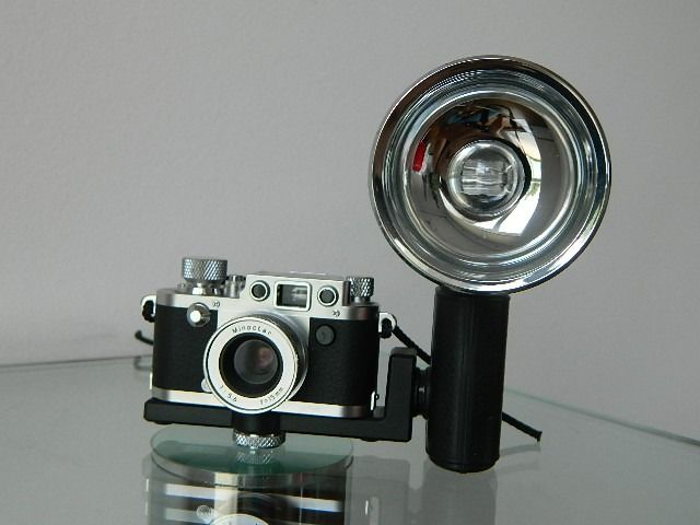 Leica III f Minoctar f;15mm Subminiature Minox Film Camera + flash