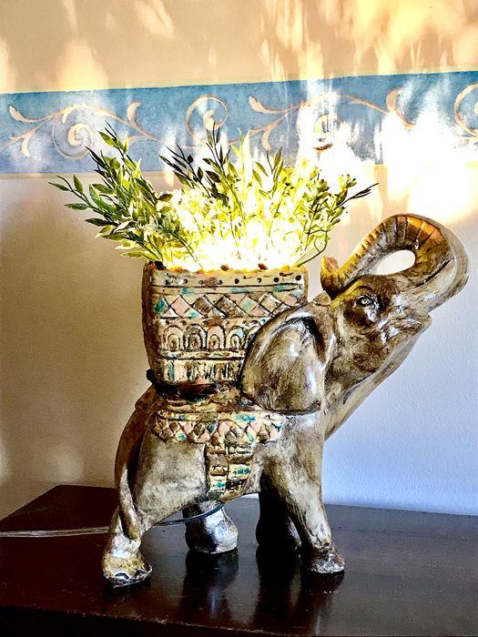 Elephant with Lamp - Mineral Plaster