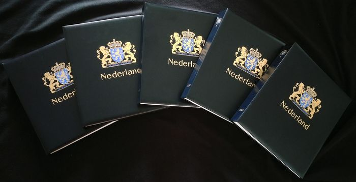 Netherlands 1876/2011 - Collection in 5 luxury DAVO albums