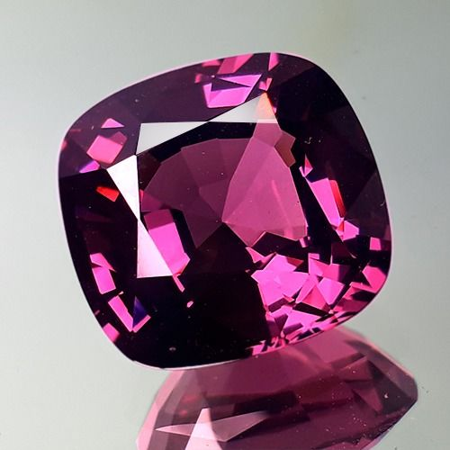 Spinell - 8.63 ct