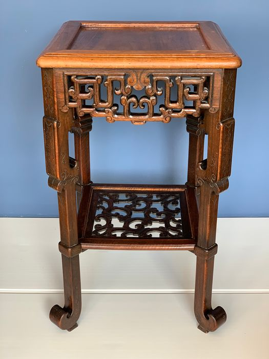 68 cm Large Hand-carved wooden table with 40 cm top - wood - France - 1900