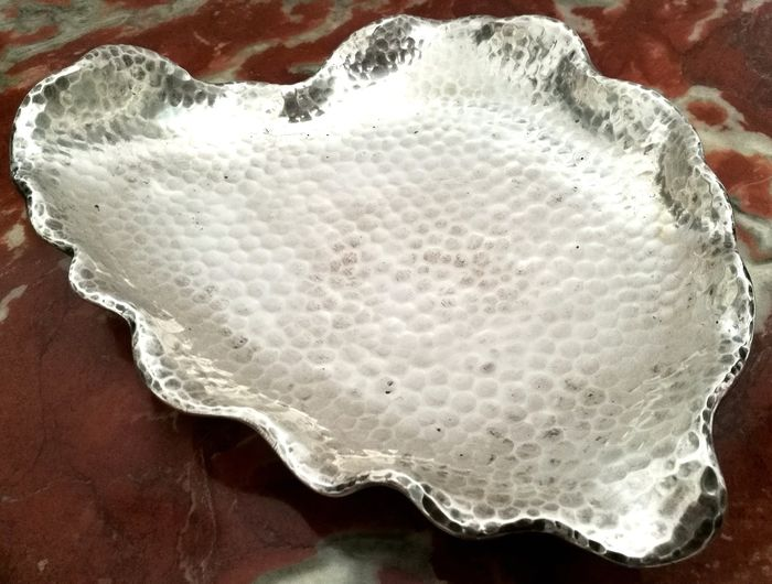 Spectacular Hand-hammered Liberty Silver Shell - .800 silver - Gebrüder Deyhle - Germany - First half 20th century