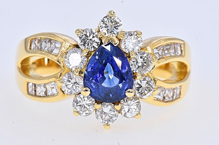 18 kt. Yellow gold - Ring - 1.36 ct Sapphire - 1.48 Ct Diamonds