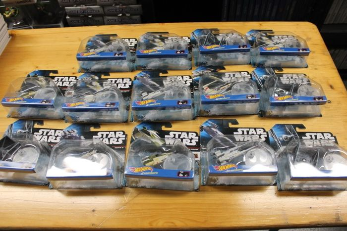 Used, Star Wars - Hot Wheels - Collection of 50 Spaceships - new in blister Movie Memorabilia for sale