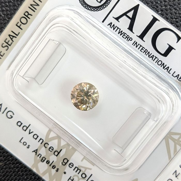 Diamant - 0.70 ct - Briljant - fancy brown yellow - VS1, No Reserve Price