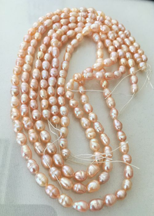 Natural light Peach. Pearls 3 strands - 180.01 ct