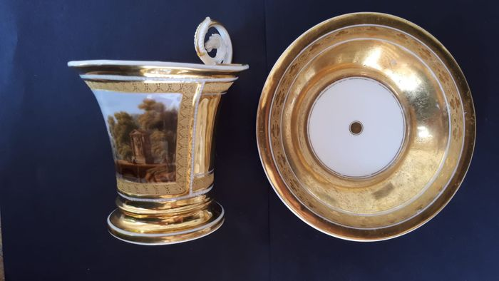 Cup with plate (1) - Empire - Porcelain