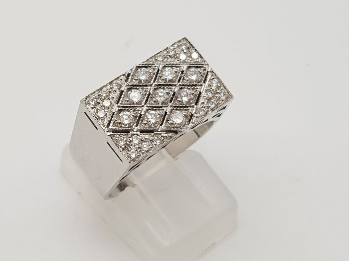 CHIMENTO - HRD Certificate - no reserve price - 18 kt. White gold - Ring - 0.50 ct Diamond